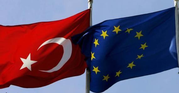 صورة الاتحاد الأوروبي بصدد منح الأتراك حق دخول منطقة شنغن بدون تأشيرة