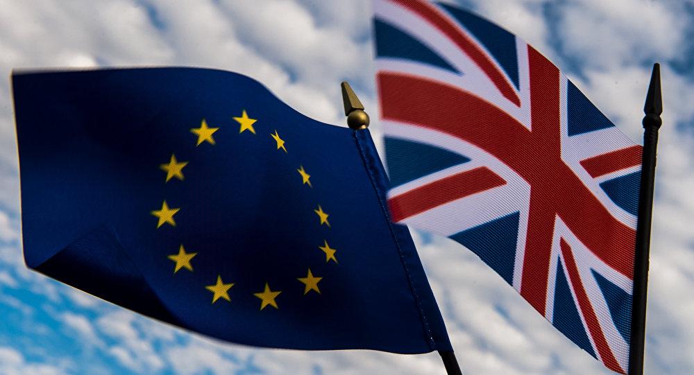 صورة بريطانيا خارج الاتحاد الأوروبي بتأييد 52%لصالح الخروج .. وكاميرون يعلن استقالته