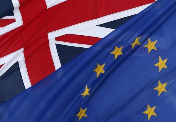 صورة بريطانيا تمدد مهلة التسجيل للمشاركة في استفتاء البقاء في الاتحاد الأوروبي
