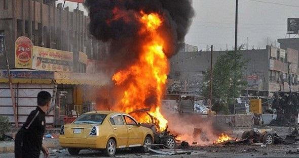 صورة 83 قتيلاً و157 جريحًا الحصيلة النهائية لتفجير الكرادة وسط العاصمة العراقيةوشباب غاضبون يهاجمون حيدر العبادي خلال تفقده مكان الانفجار