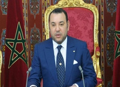 صورة الملك محمد السادس يعفي 12 وزيرا