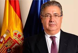 صورة وزيرا الداخلية الإسباني والمغربي  بالرباط  للتباحث في سبل التعاون  بين البلدين حول قضايا الإرهاب، ومحاربة تهريب المخدرات والهجرة غير الشرعية